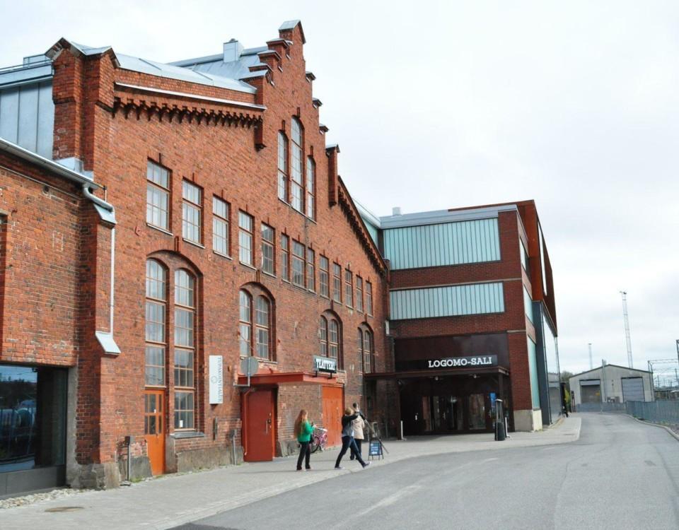 Kultorucentret Logomo, gamla VR-verkstäder i rött tegel