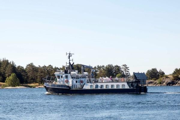 En förbindelsebåt