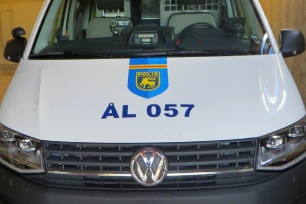 en åländskpolisbil