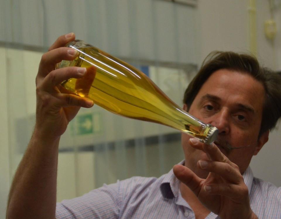 Man med en flaska