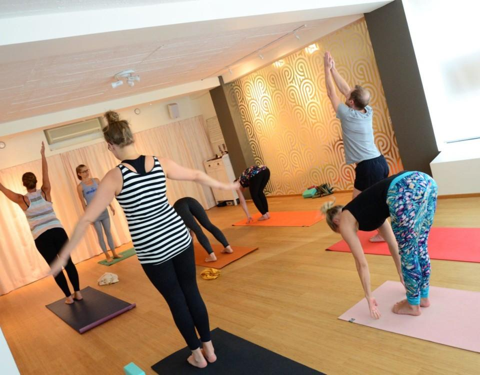 Stort i regionen. ÅU har tidigare skrivit om att både Kimitoöns och Åbos utbud av yoga växer. Här Karmastudio i Åbo.