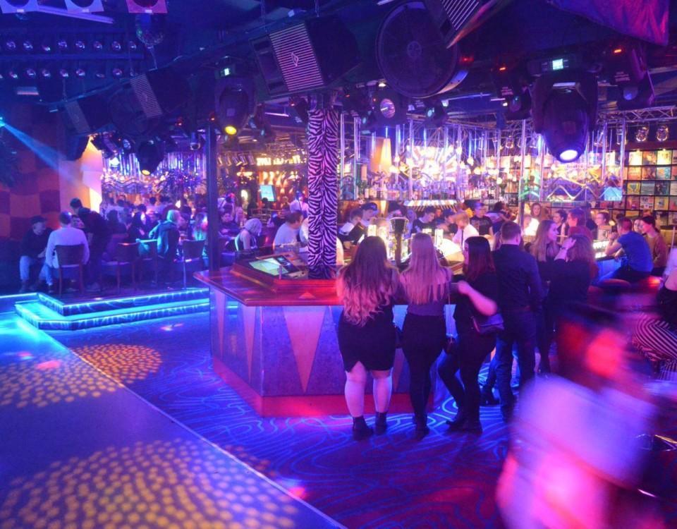 en nattklubb