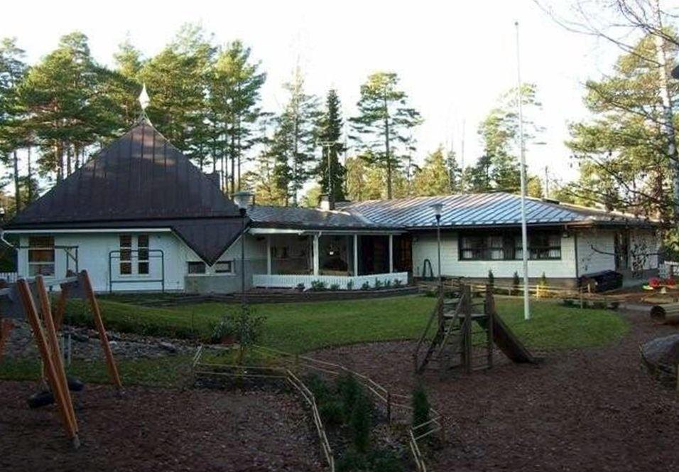 Daghem med gård