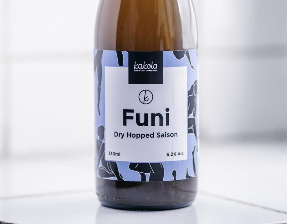 Ölflaska med etikett.