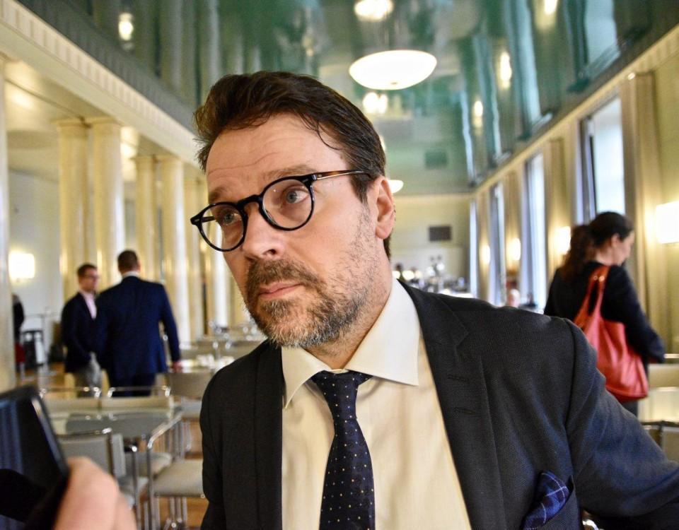 Ville Niinistö i riksdagshuset