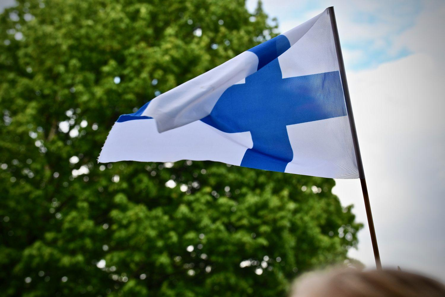 finlands flagga