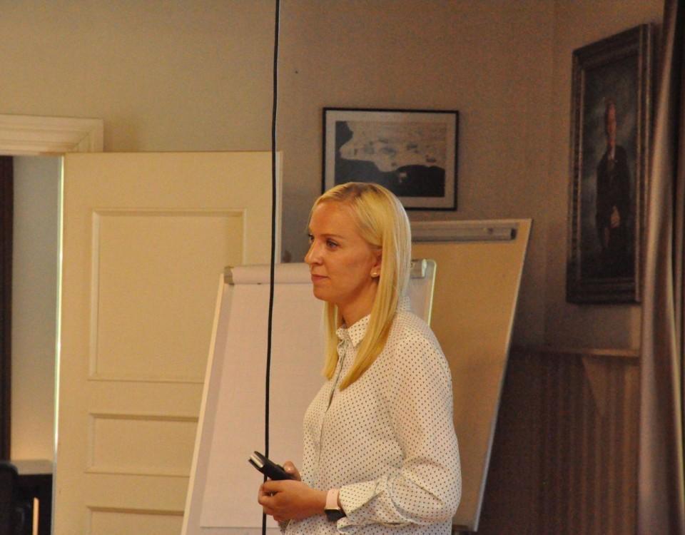 Sandra Bergqvist håller presentation