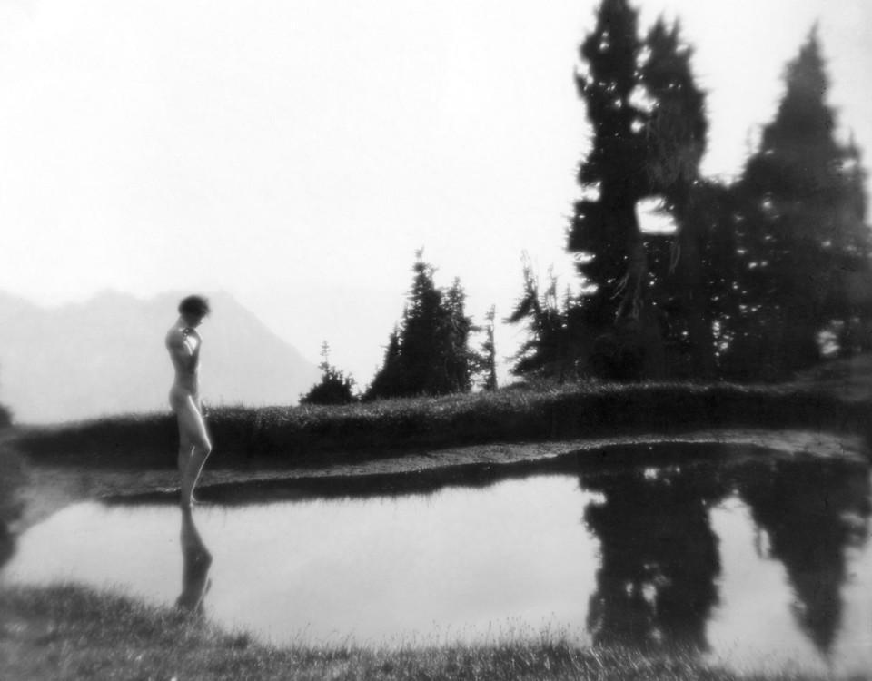 Imogen Cunningham var antagligen den första kvinnan att fotografera en naken man. Foto: Imogen Cunningham Trust