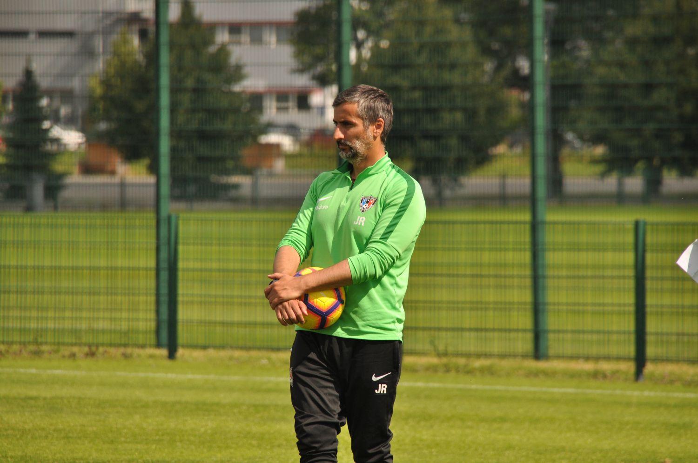 Fotbollstränaren Jose Riveiro fotograferad.