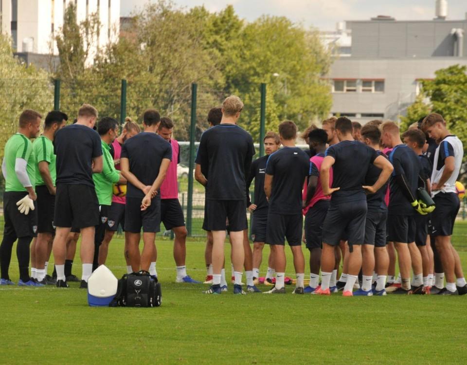 Fotbollslaget FC Inter fotograferat på en av lagens träningar