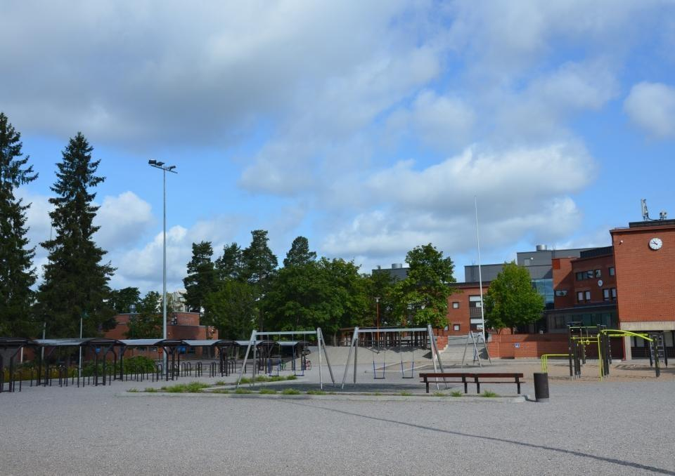 Skola och skolgård