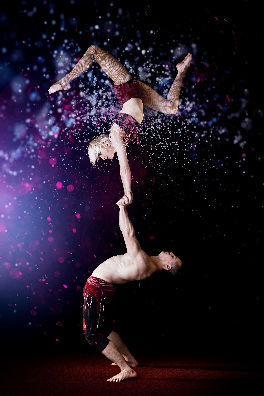 Akrobatik på hög nivå. Pauliina Räsänen och Slava Volkov. Pressbild