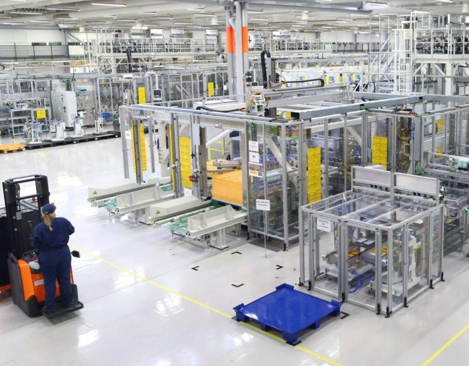 Produktion i en bilfabrik.