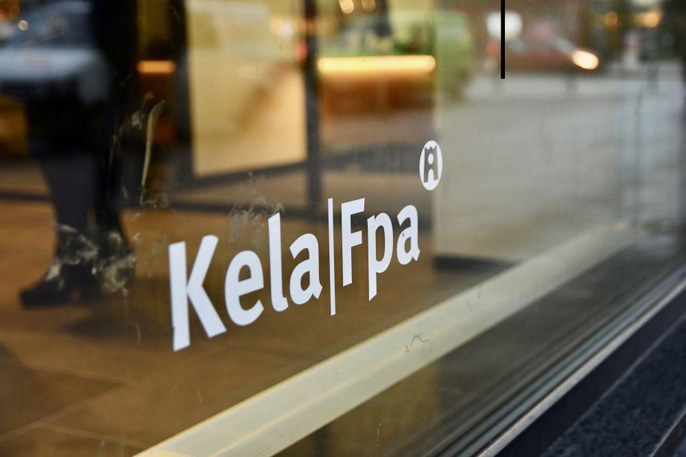 Fönster med texten Kela, Fpa.
