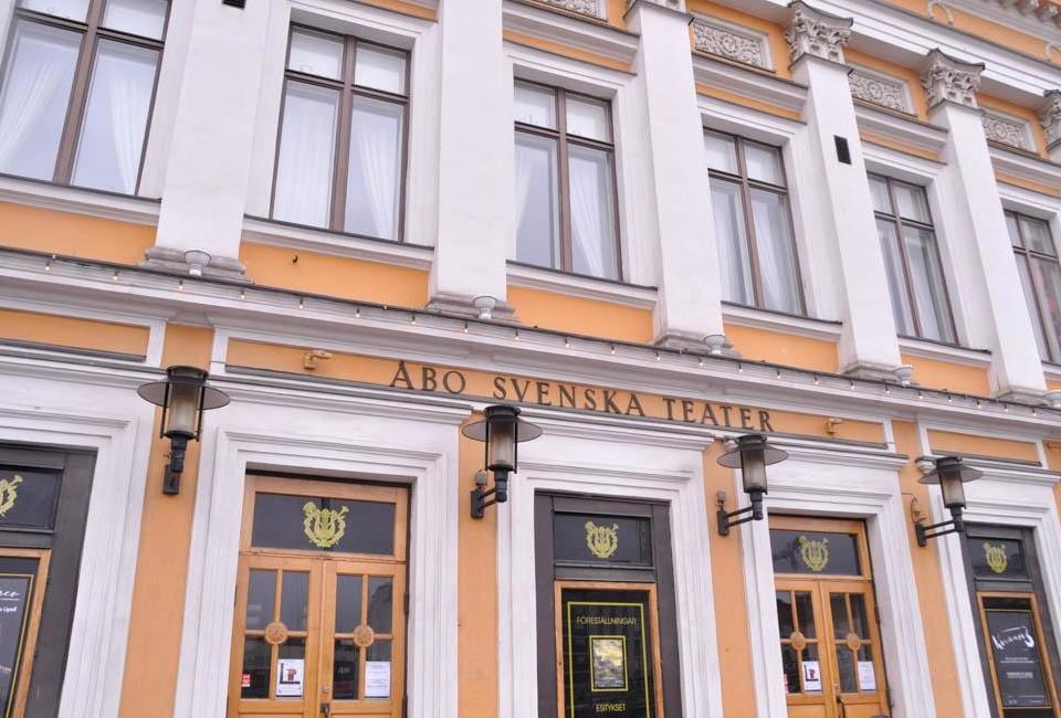Åbo svenska teaters fasad.