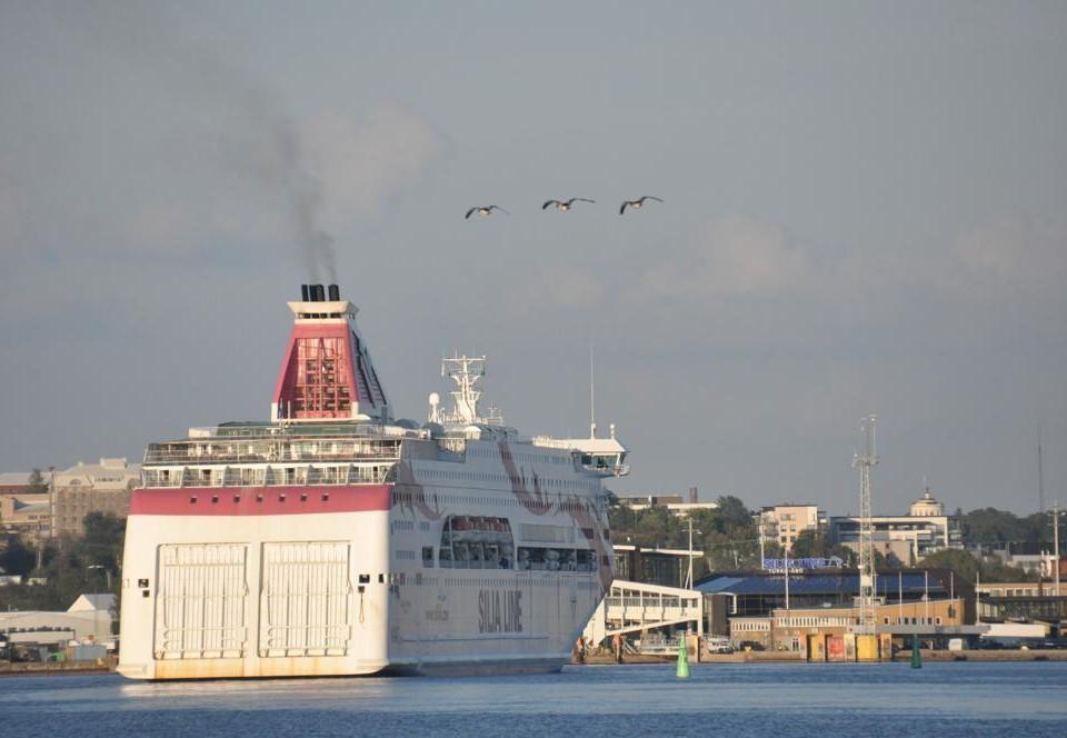 Passagerarfartyg i Åbo hamn.