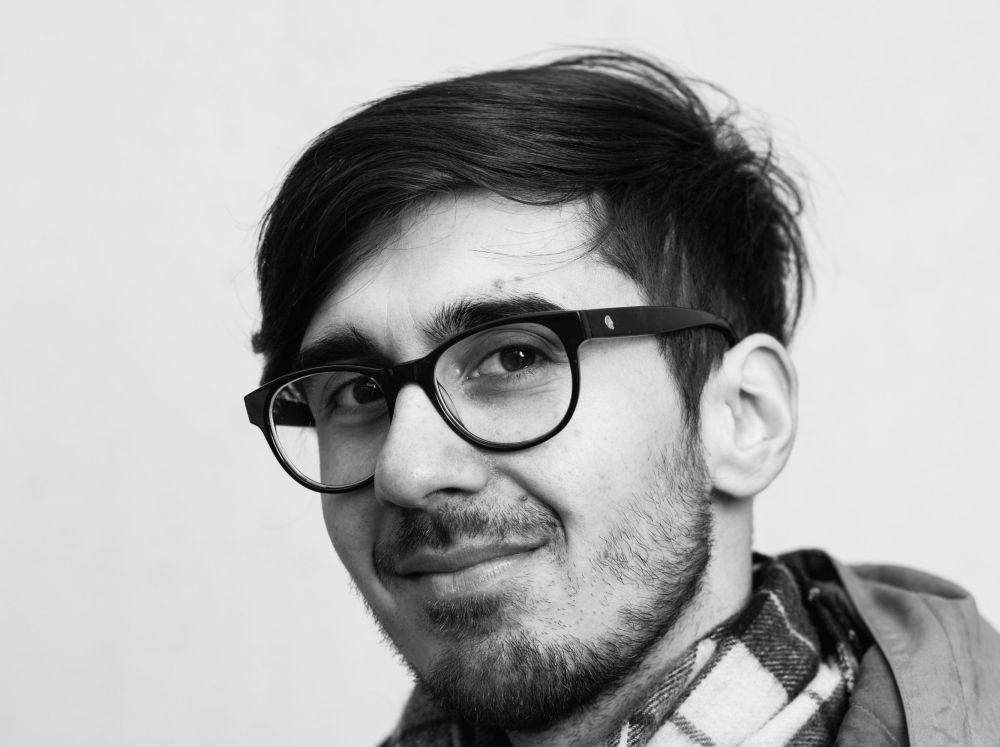 ung man med glasögon