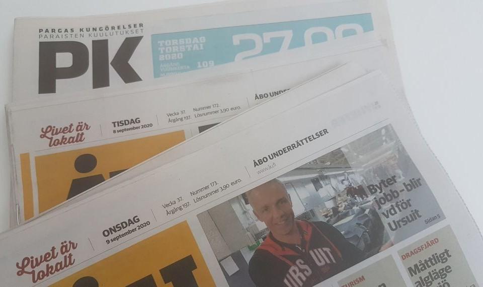 En bunt tidningar