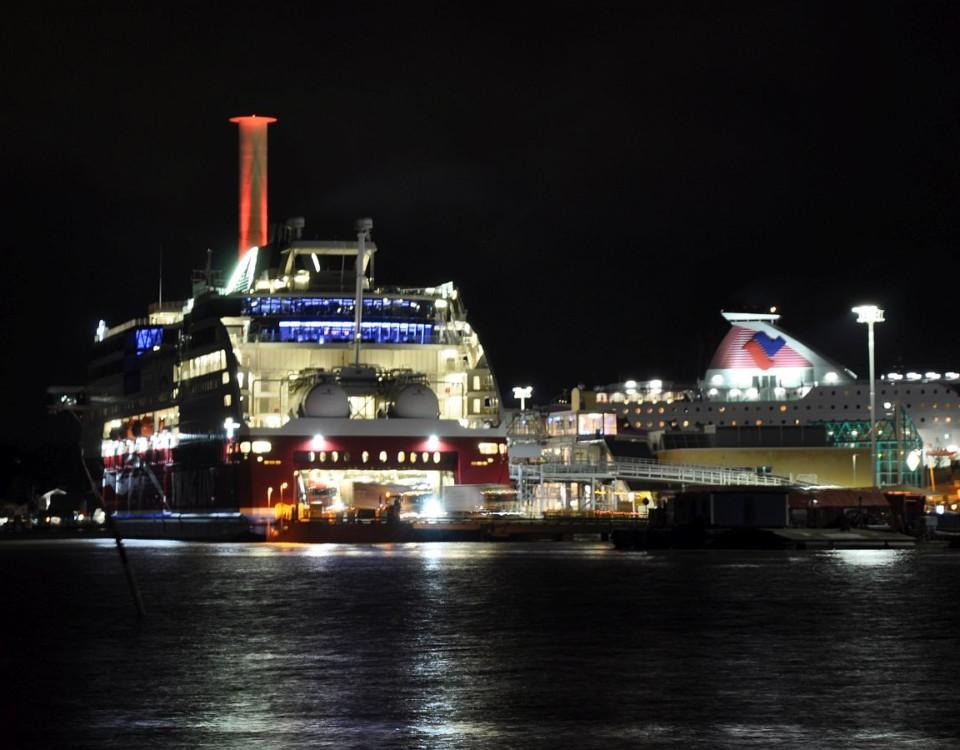 Viking Grace i Åbo hamn