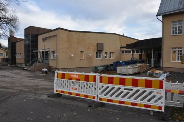 Gammal skolbyggnad repareras