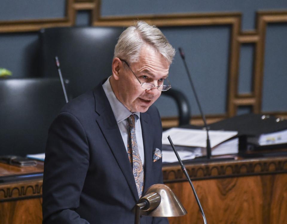 Utrikesminister Pekka Haavisto i plenisal