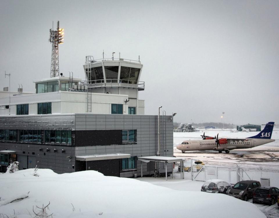 Åbo flygplats med snö