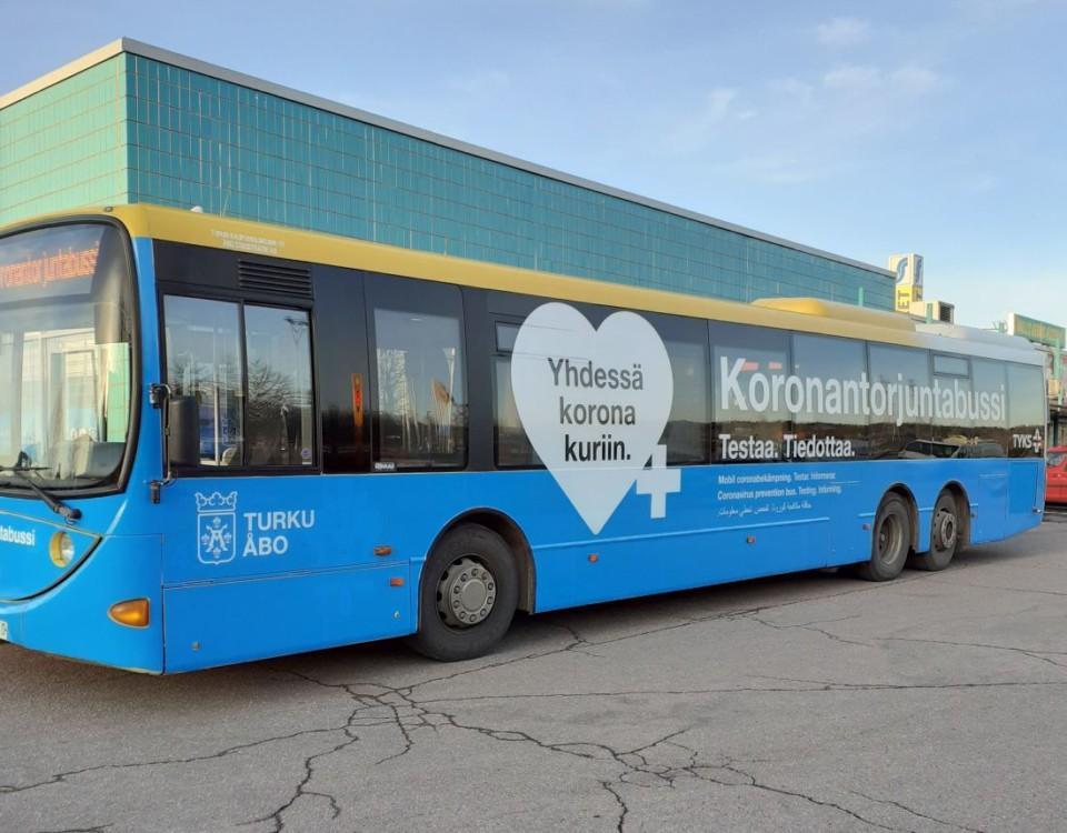 Coronatestbuss i Åbo