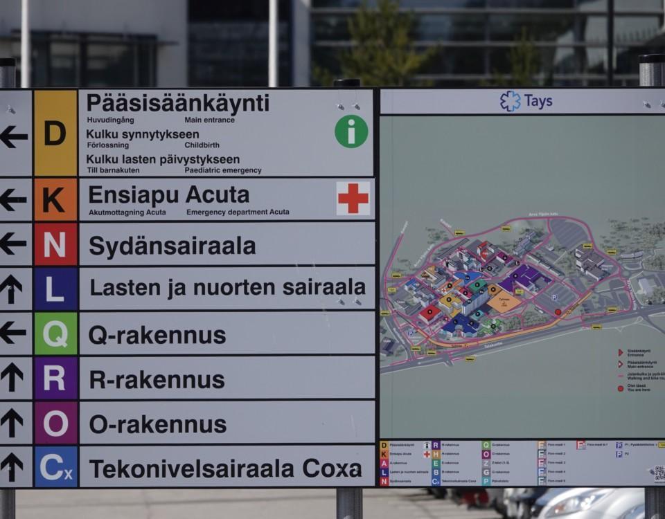 en informationsskylt vid ett sjukhus