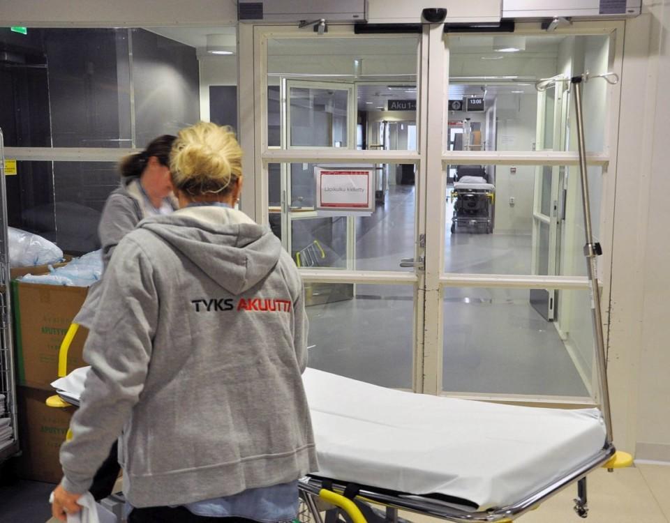 Två skötare på sjukhus