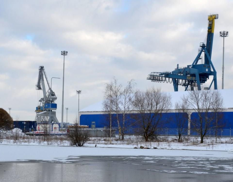 Lyftkranar i Åbo hamn