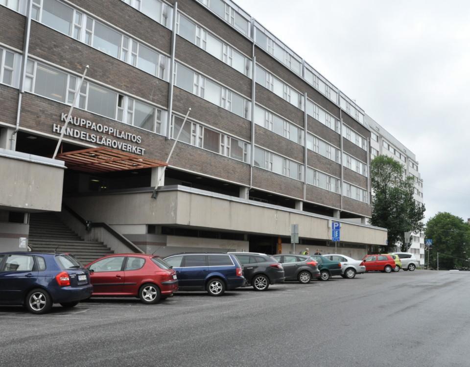 skolfastighet, bakgrunden Åbo domkyrka