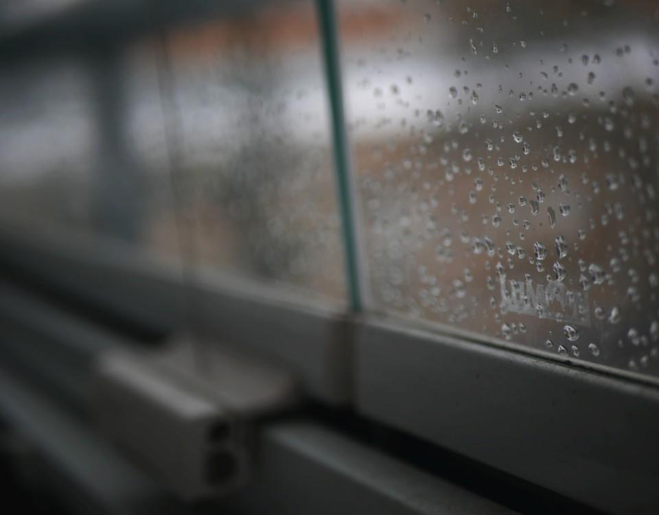 regnig balkong