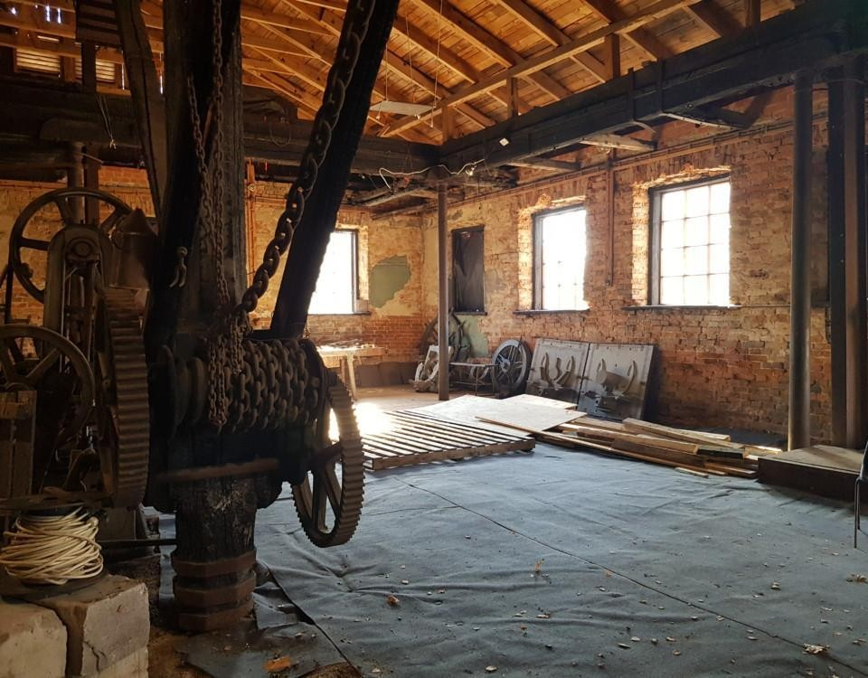 Historisk byggnad innanför