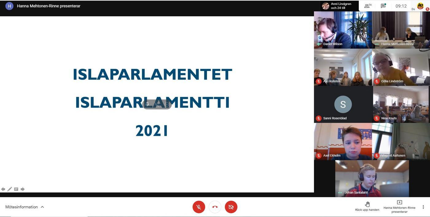 Videomöte där ett dokument delas på skärmen