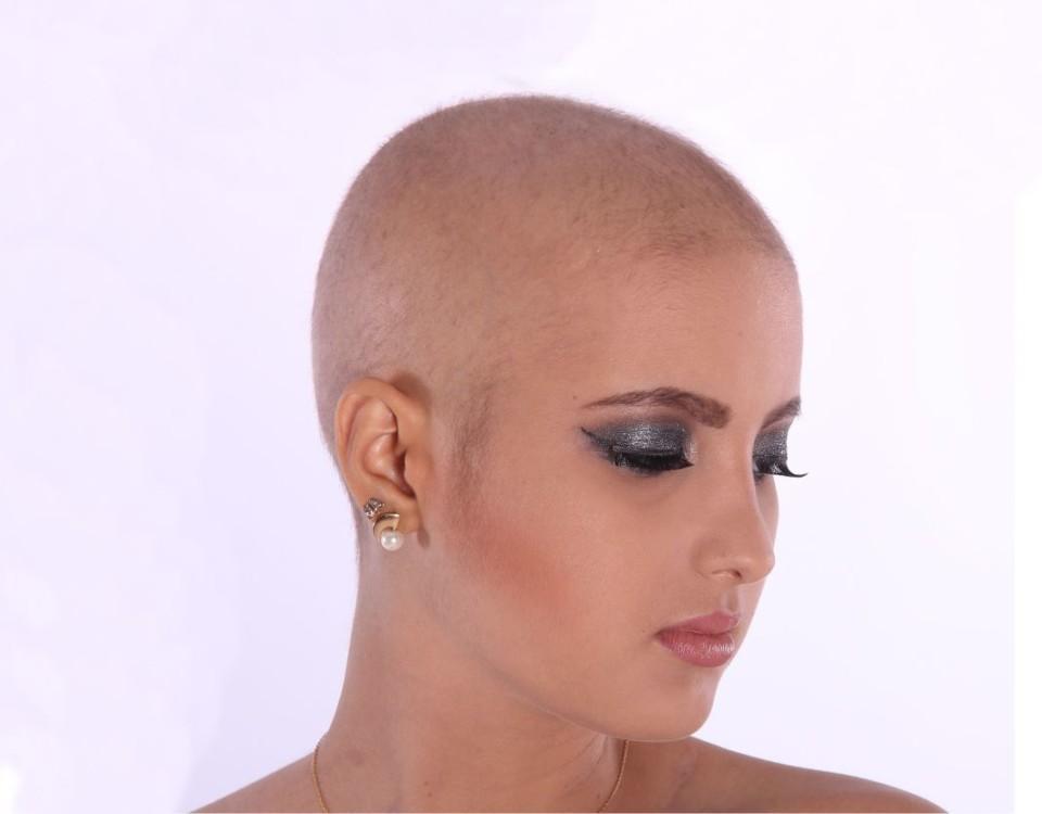 Kvinna utan hår