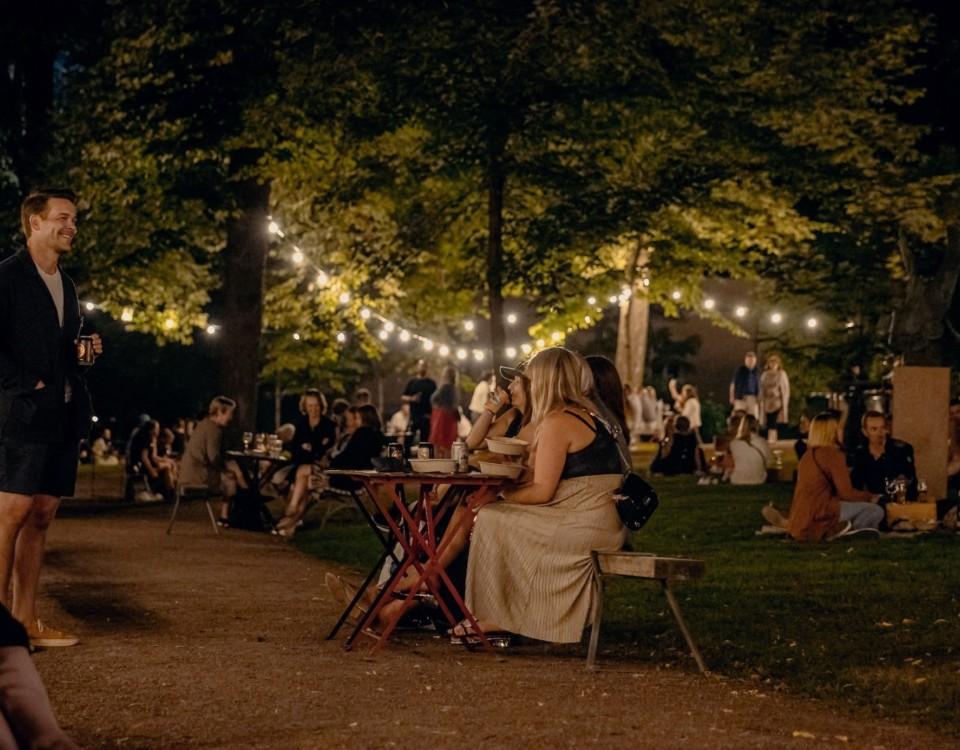 park med folk