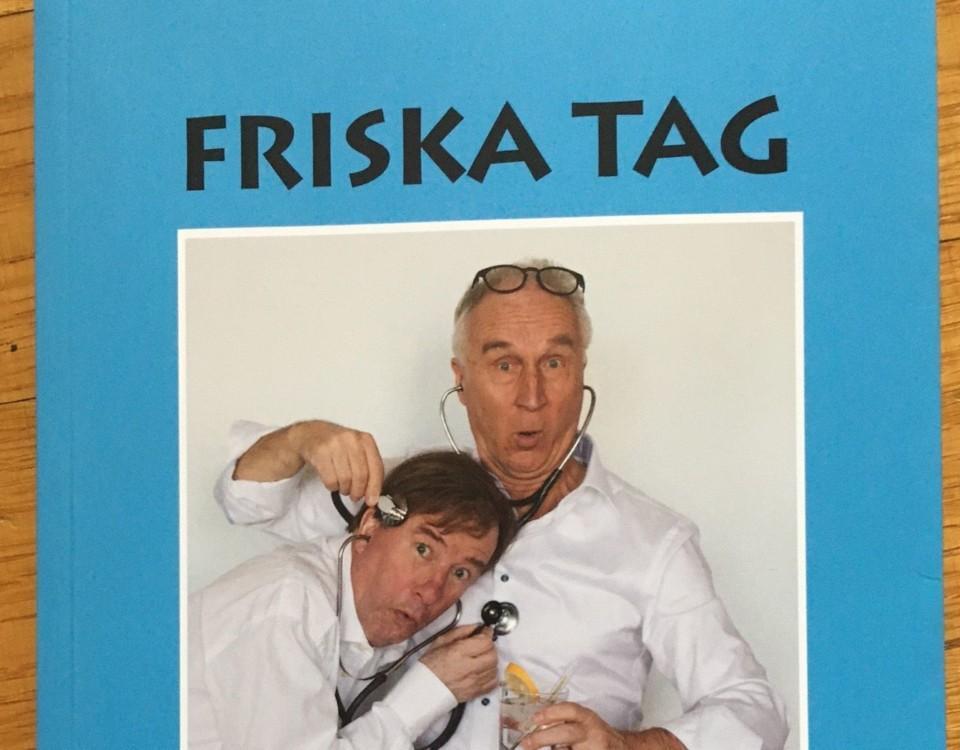 två män utklädda tiill läkare på en bokpärm