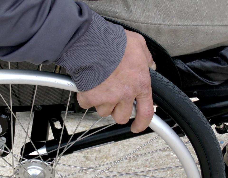 rullstol. närbild