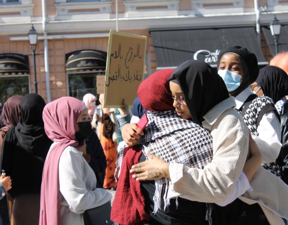Människor som demonstrerar.