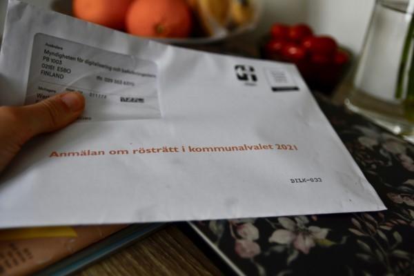 brev med röstblankett