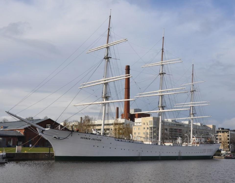 Fregatten Suomen joutsen