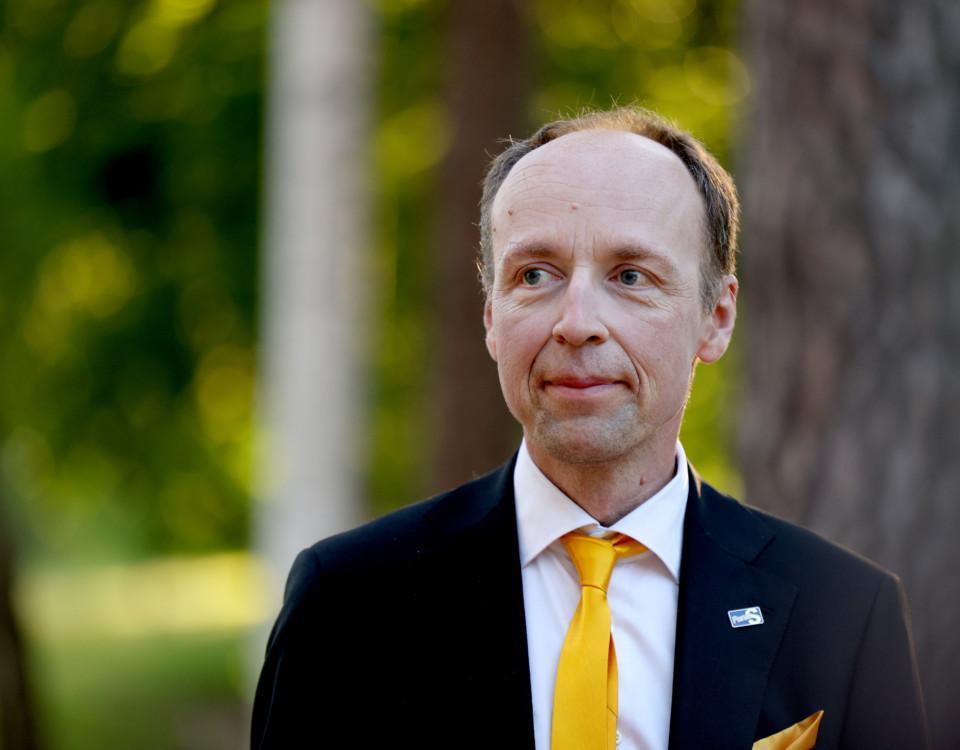 man med gul slips