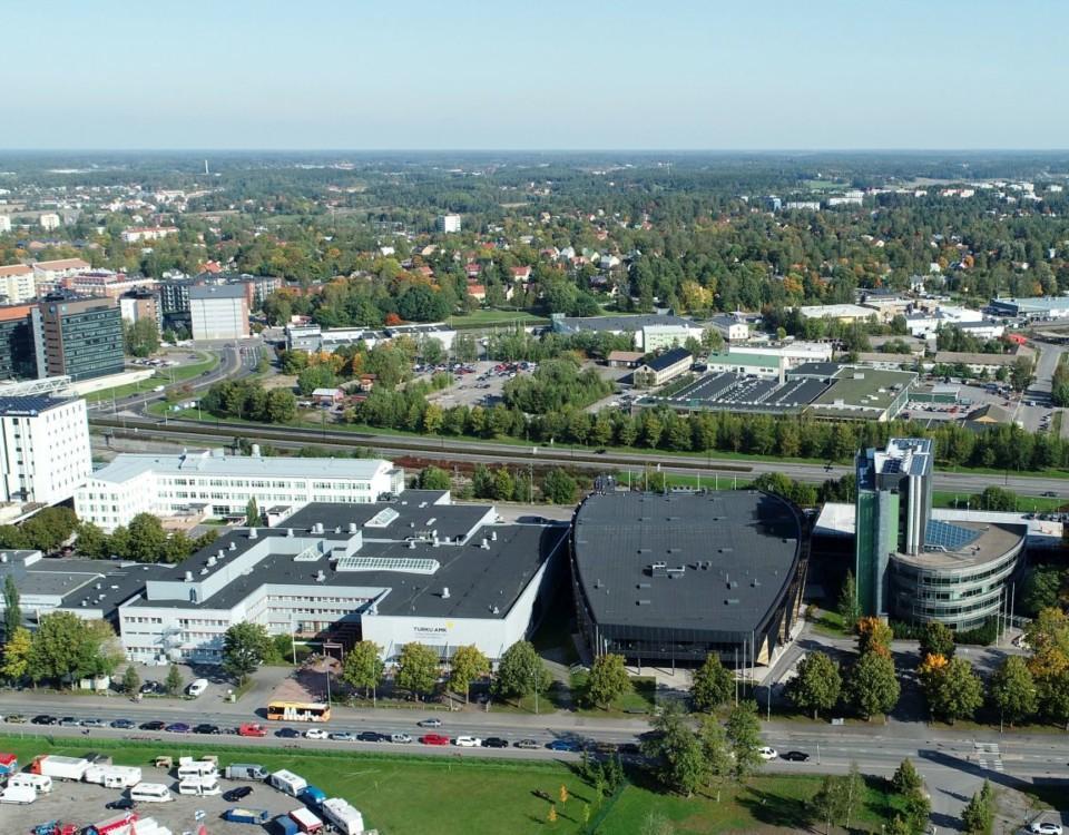 Flygbild över stadsdelen Österås i Åbo