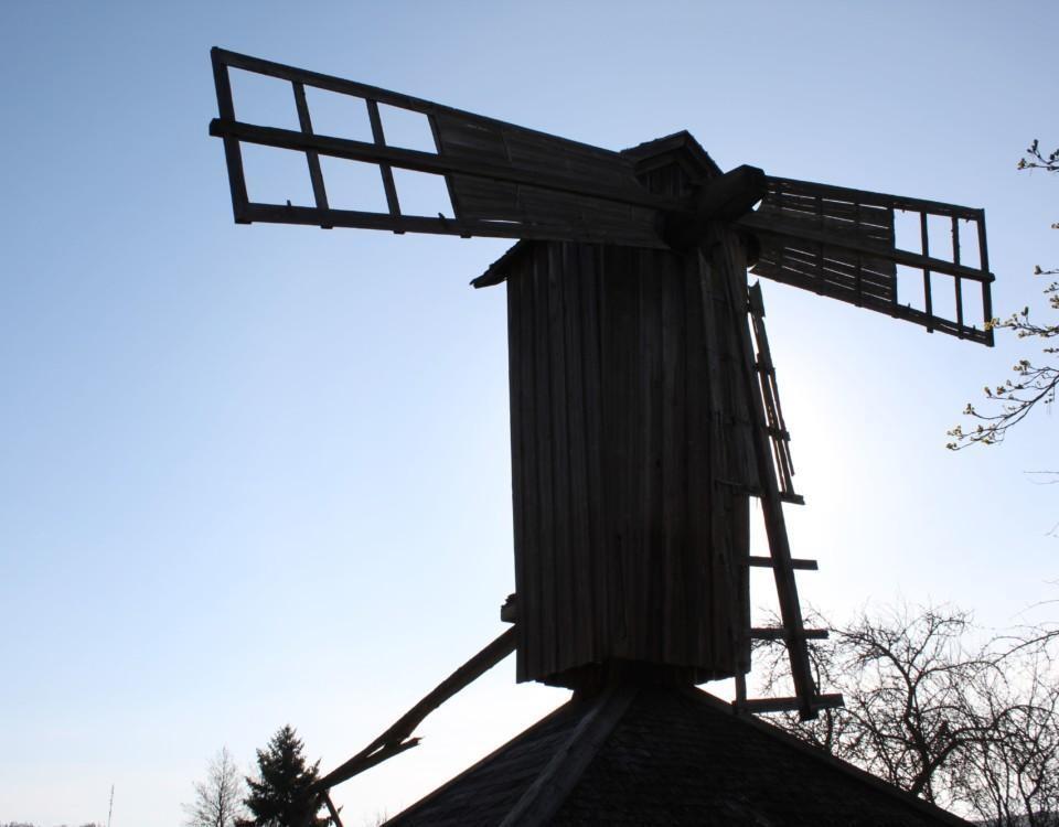 gammaldags väderkvarn