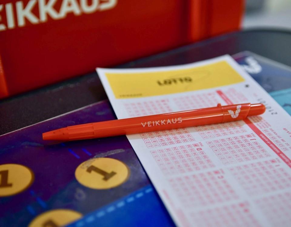 Tipskupong och penna