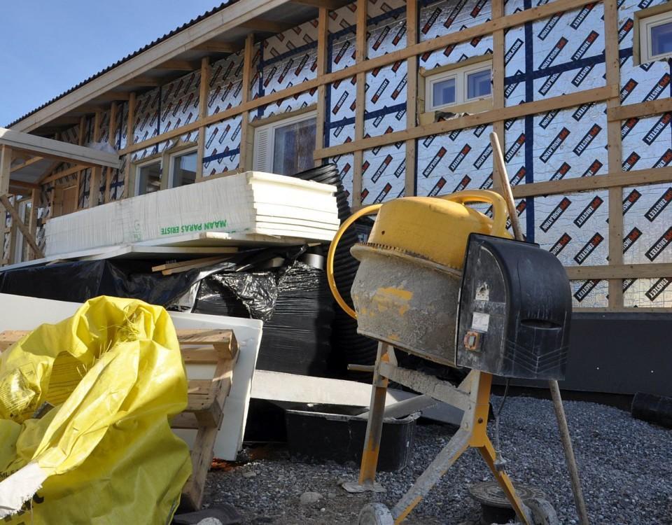 Betongblandare på husbygge